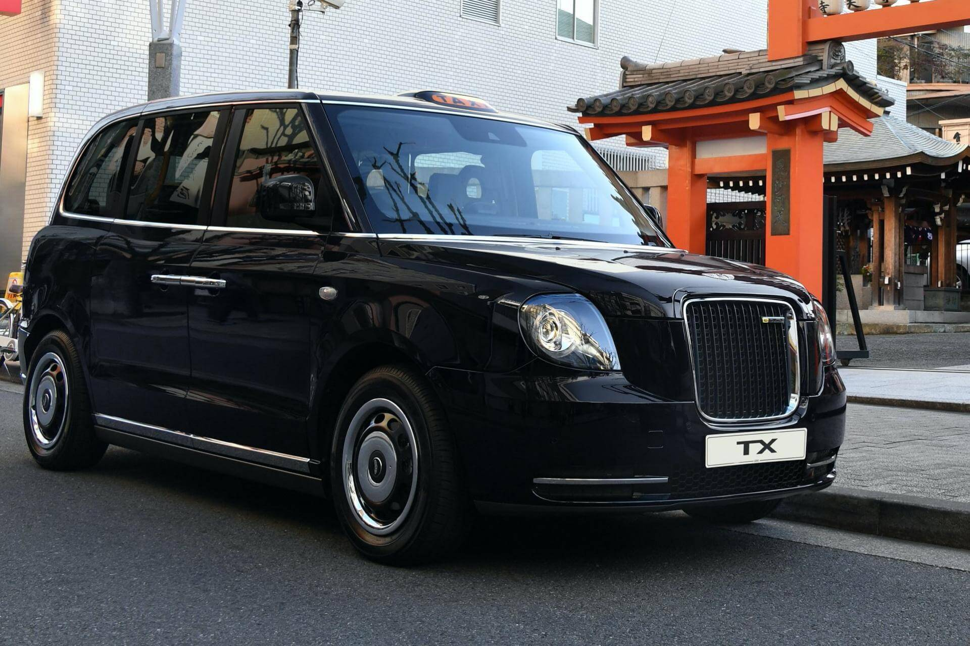 Manchester taxi service LEVC TX